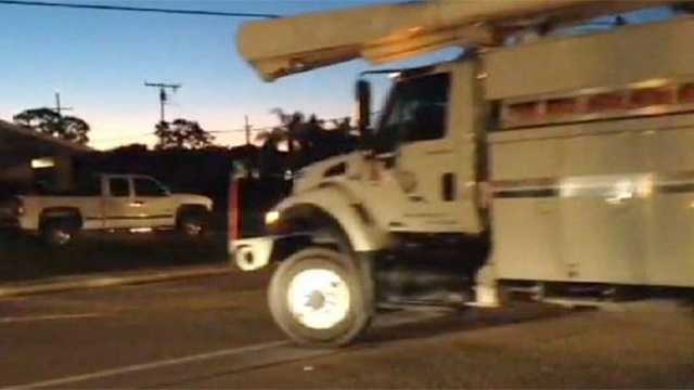 Florida Power and Light crews hit the road bright and early Monday, en route to the eastern seaboard to help with Hurricane Sandy.