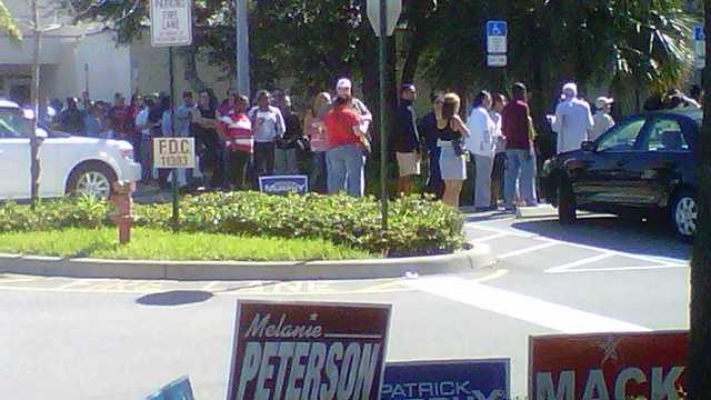 This has been a common scene around Palm Beach County in recent days -- long lines packed with eager early voters. (Photo: Rob Catanese/WPBF)