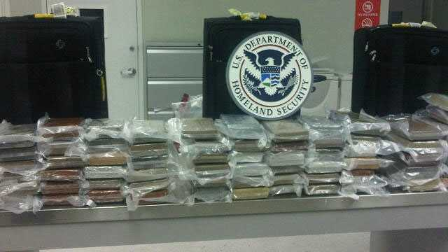 img-Cocaine found in suitcases at MIA