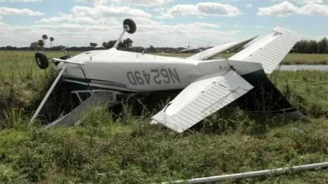 Three people were aboard a small plane when it crashed in Martin County on Monday, but no one was seriously injured. (Photo: Martin County Sheriff's Office)