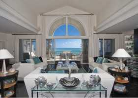 Luxurious $9.5 million property has 6 bedrooms, 8 bathrooms, and breathtaking views.