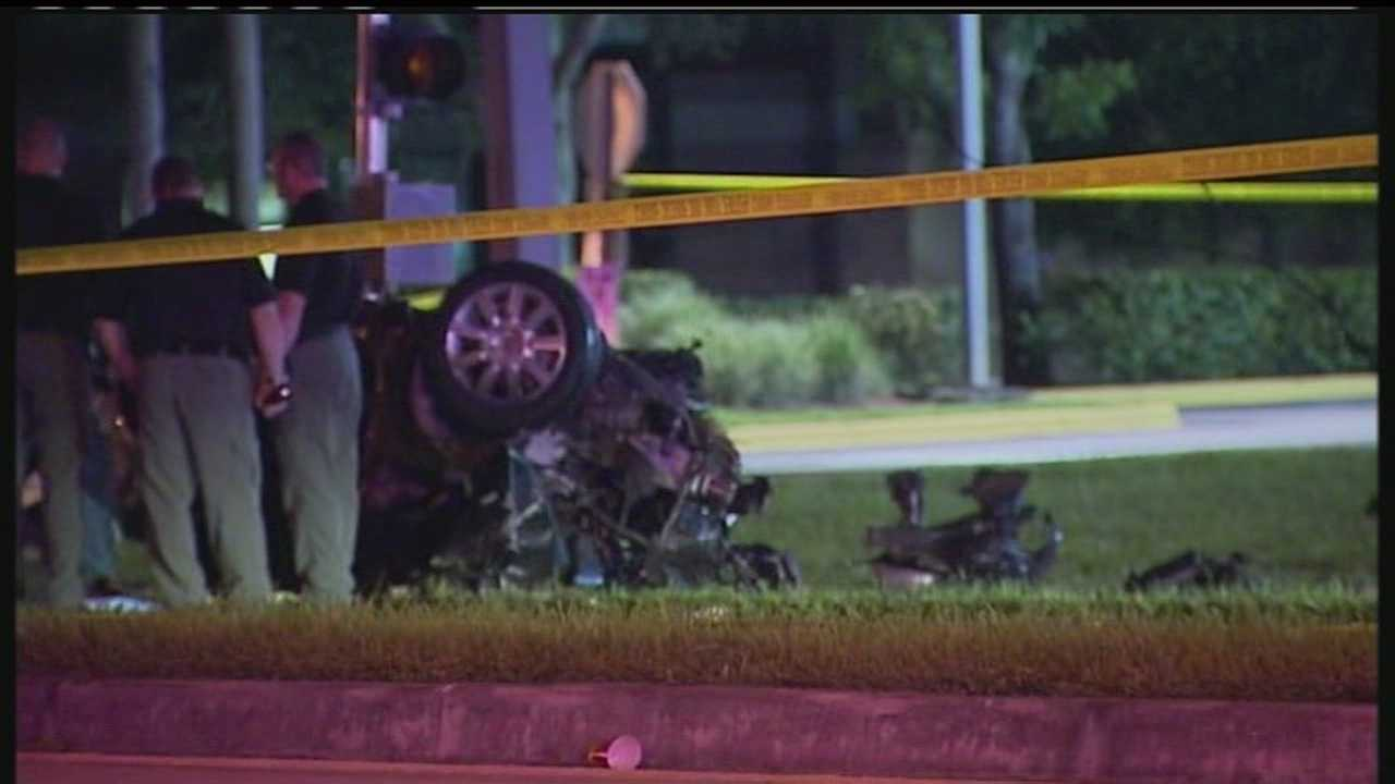 A man was killed in a car crash early Monday morning in Boca Raton.