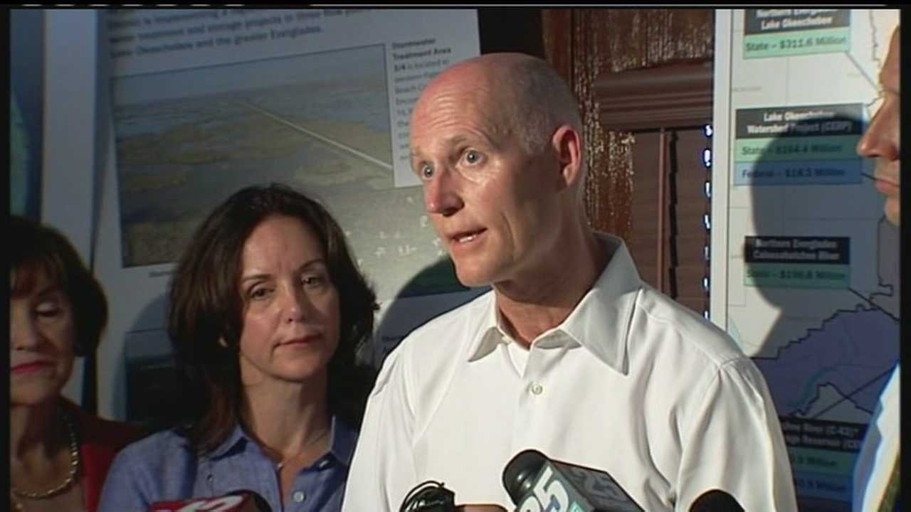 img-Gov Rick Scott offers solution to toxic algae H