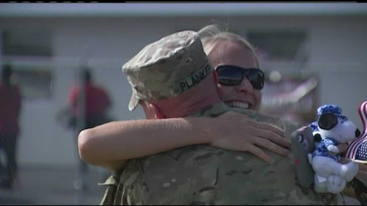 img-Soldiers Return Home