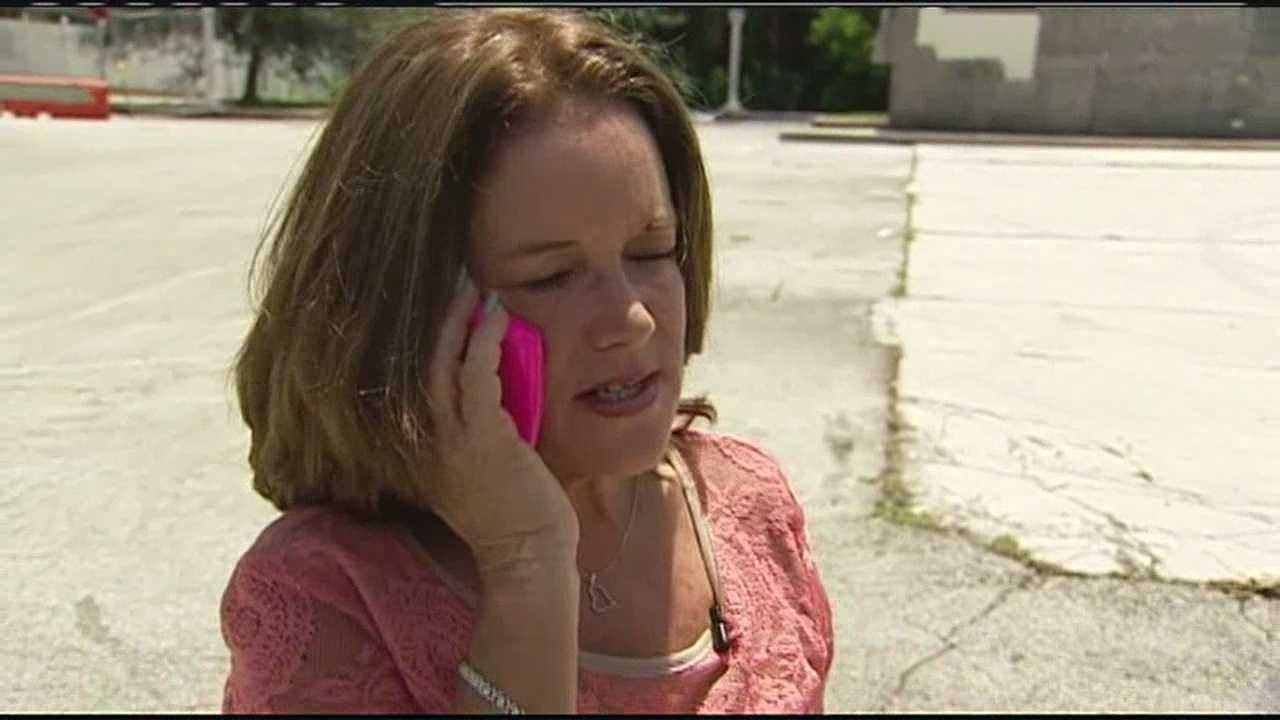 Mindy Waas says a man posing as a DEA agent tried to scam her, but police say she did the right thing by calling them instead.