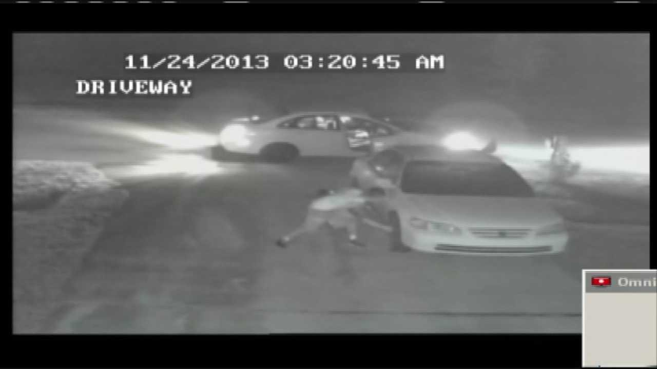 img-Caught on camera Port St Lucie hubcap thief