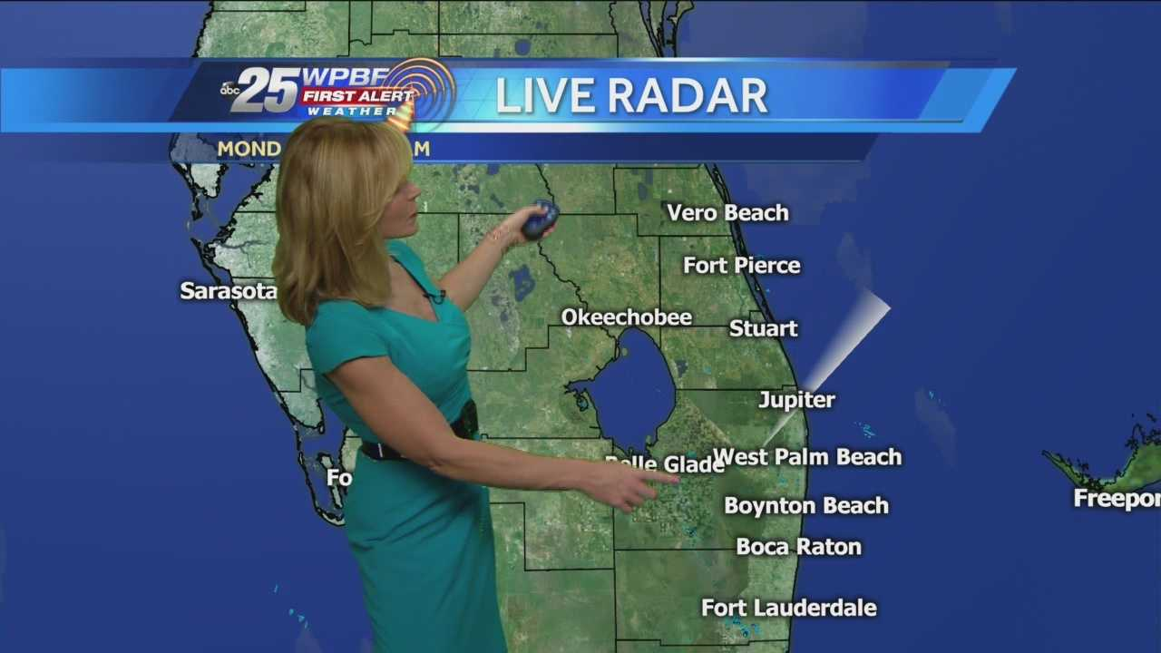 Sandra says that the ice storm affecting the East Coast is far away from the clear and warm weather expected in Florida on Monday.