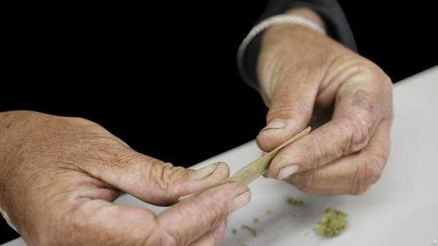 rolling medical marijuana
