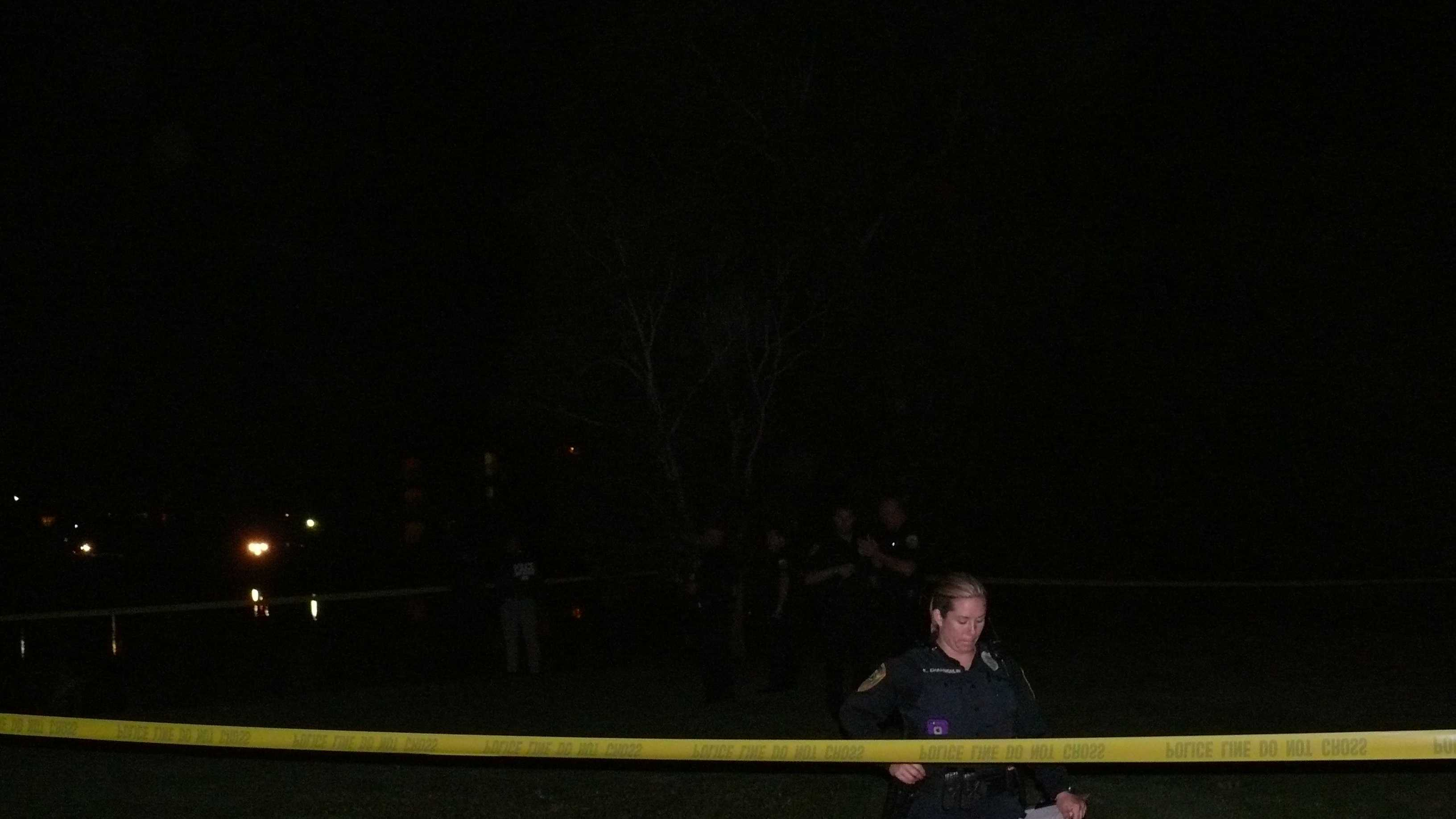 Body found floating in lake at Sanctuary Apartment complex