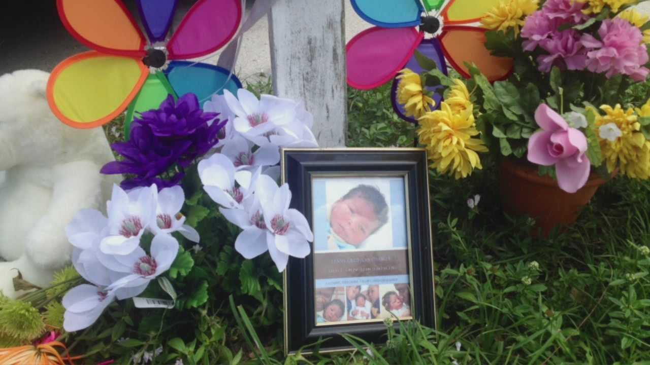Child hit and killed by car in Boynton Beach