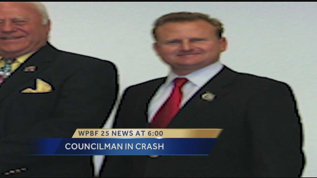 Police: city councilman wrecked Mercedes, fled from scene