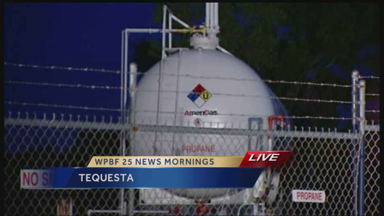 Tequesta officials are sharing concern over a 30 thousand gallon propane tank that is sandwiched between railroad tracks and homes. The mayor is reportedly telling The Palm Beach Post that her top priority is to get the tank removed.