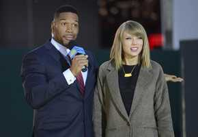 """Country Music artist Taylor Swift performed live in Times Square on """"Good Morning America,"""" 10/30/14. (ABC/Fred Lee)"""
