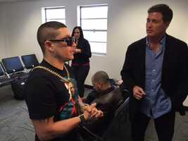 Todd McDermott interviews Cuban reggaeton artist Osmani Garcia.