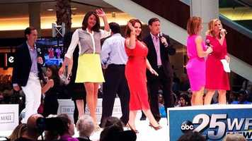 WPBF 25 News takes the stage to get the crowd geared up for Dr. Oz!