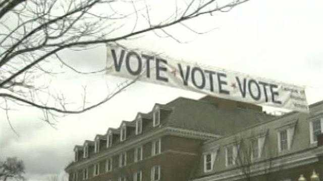 Supporters of both President Obama and Governor Romney are putting forth an extra effort in the swing state to get the voters to the polls on election day.