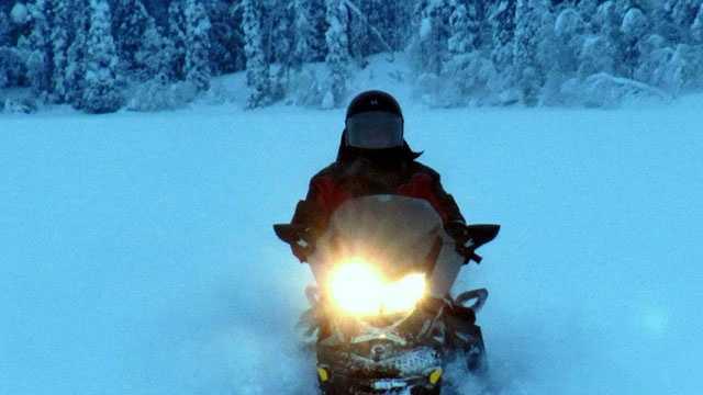 snowmobile1-generic-1222.jpg