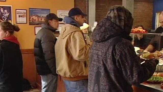 Vt. restaurant hosts 8th Christmas lunch for the needy