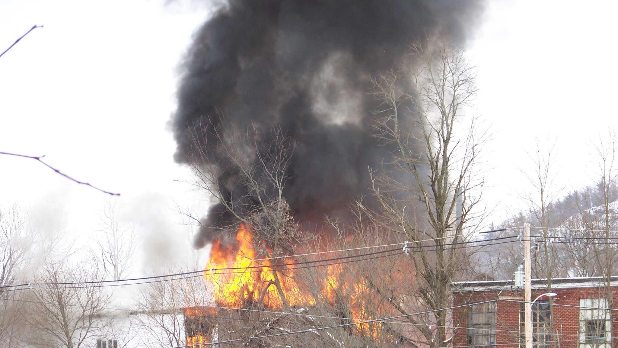 fire in Bellows Falls 010.JPG