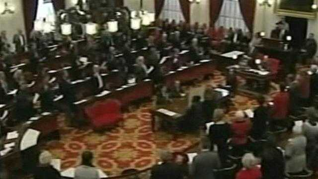 010913 Vt. Legislature convenes for 2013 session - img