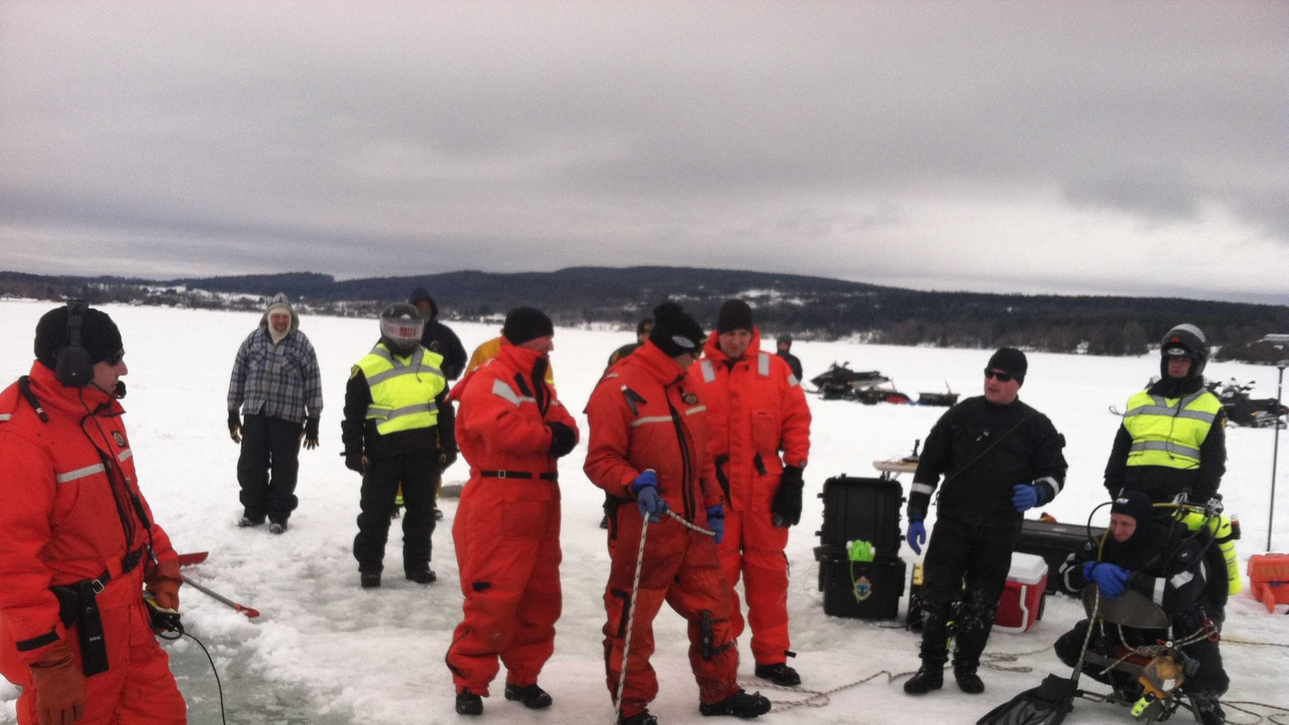 03-03-13 Man through ice in Lake Memphremagog - img