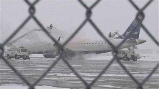 Travelers going in and out of Burlington International Airport hit a few snags Tuesday morning, but for the most part, air travel went smoothly.
