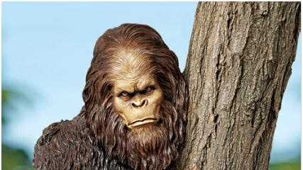 04-01-13 Police on the hunt for Sasquatch sculpture - img