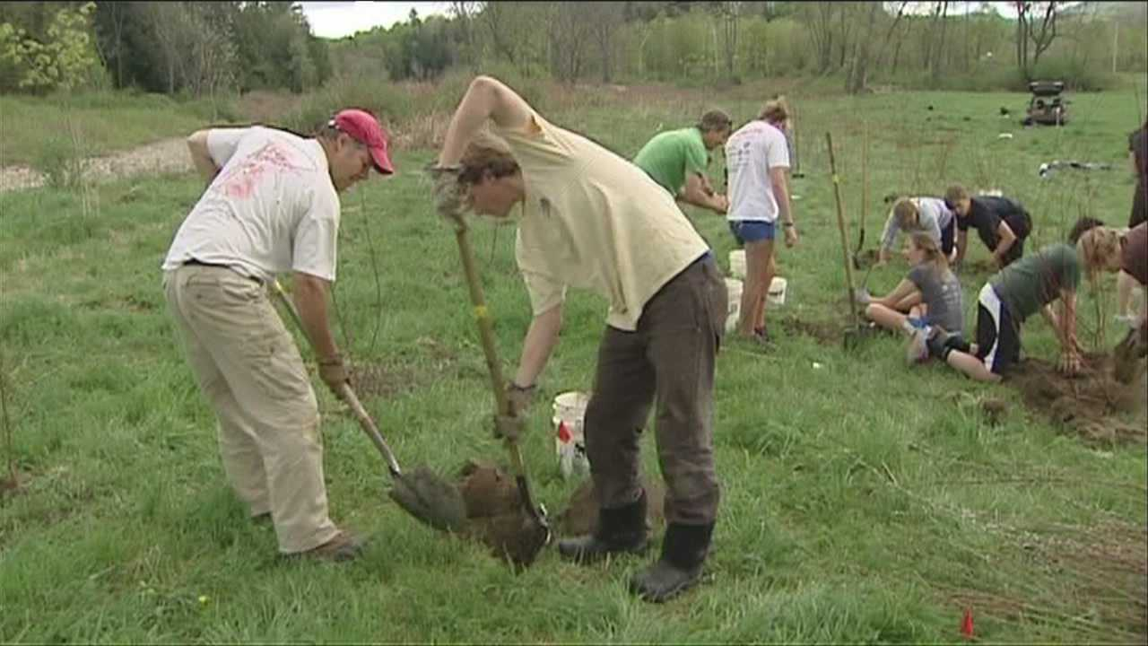 05-10-13 Planting trees to protect the town water supply - img