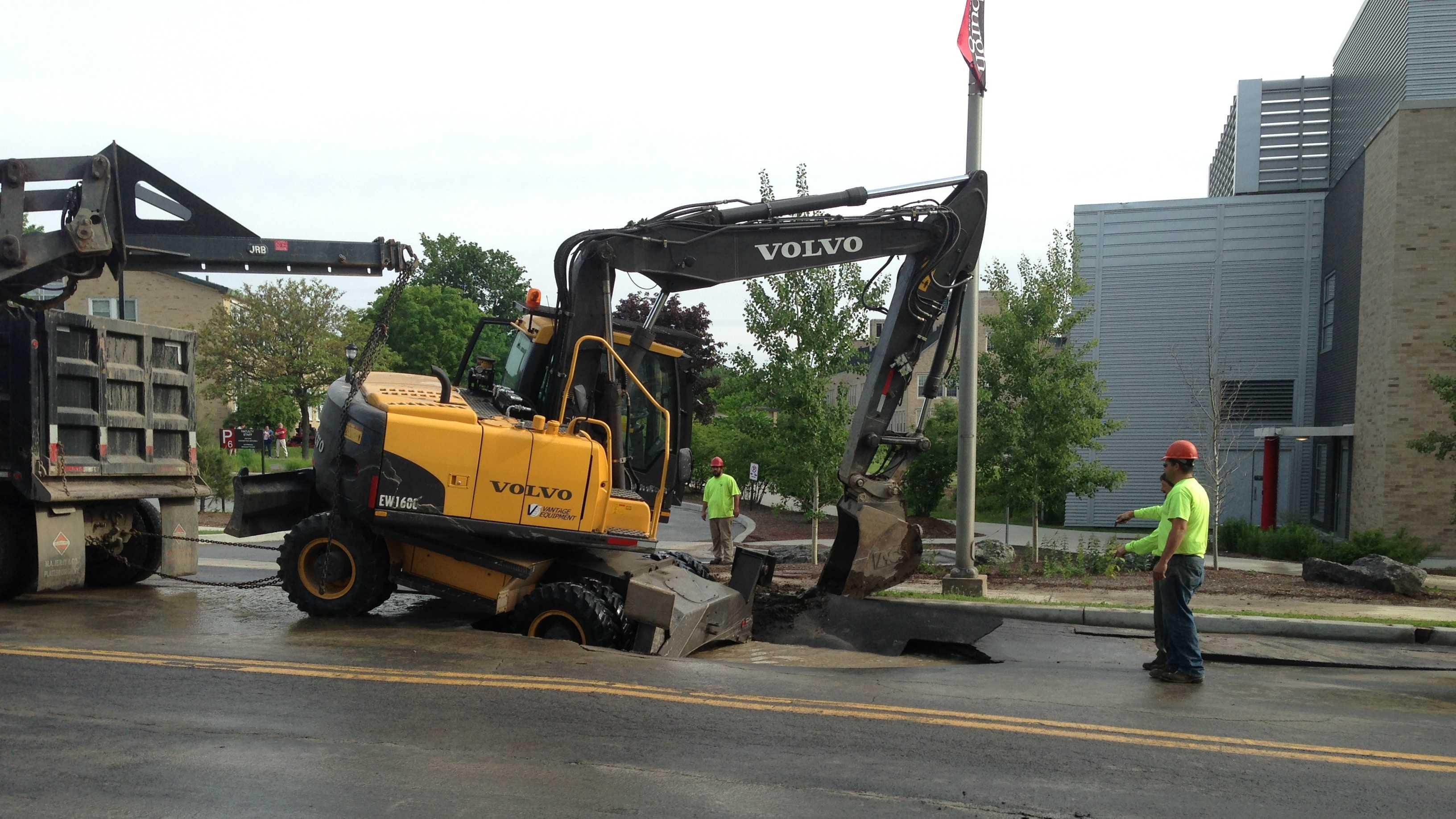 06-10-13 Plattsburgh street closed after water main break - img