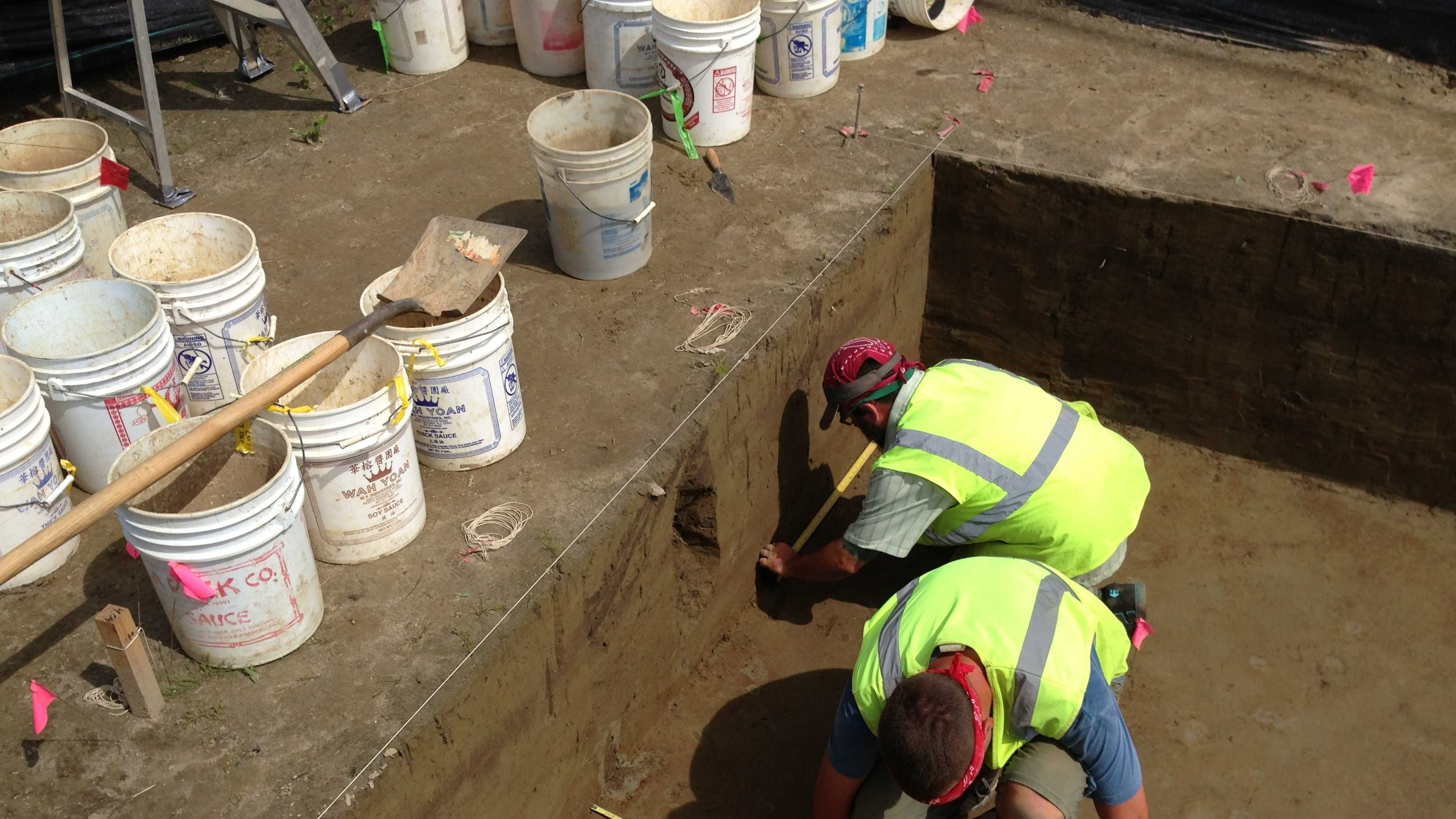 07-12-13 Archaeological dig unearths ancient history - img