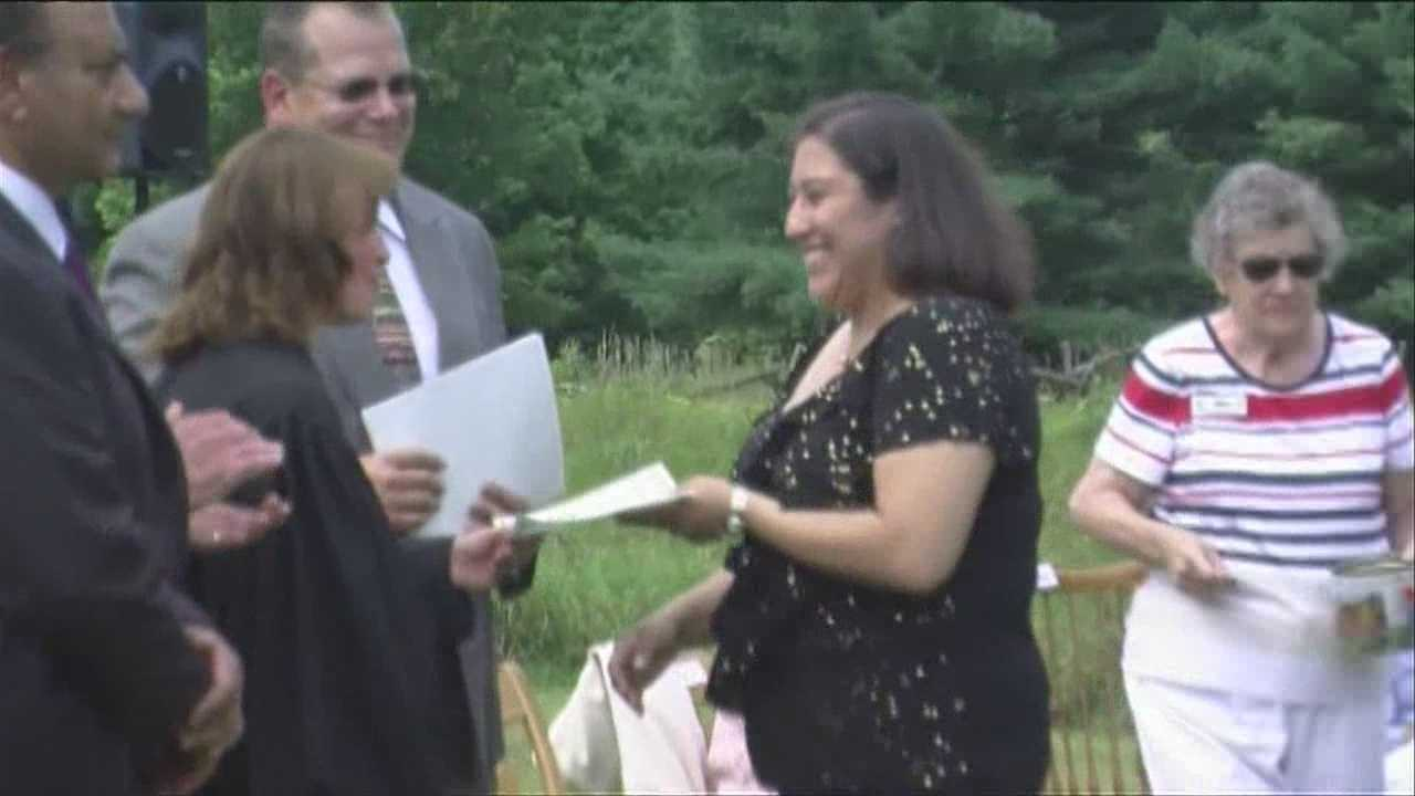 Ten new citizens sworn in as Vermonters