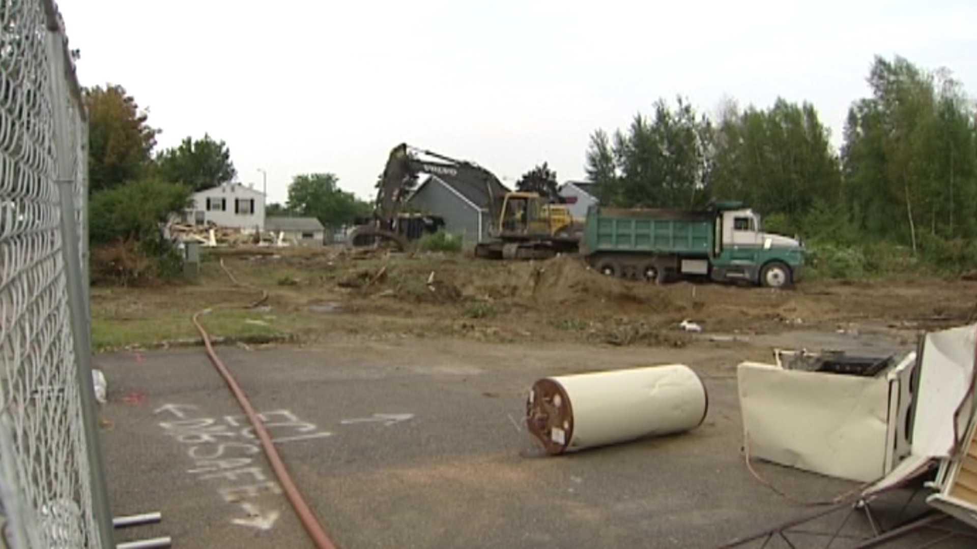 08-22-13 Homes demolished to make way for Trader Joe's - img