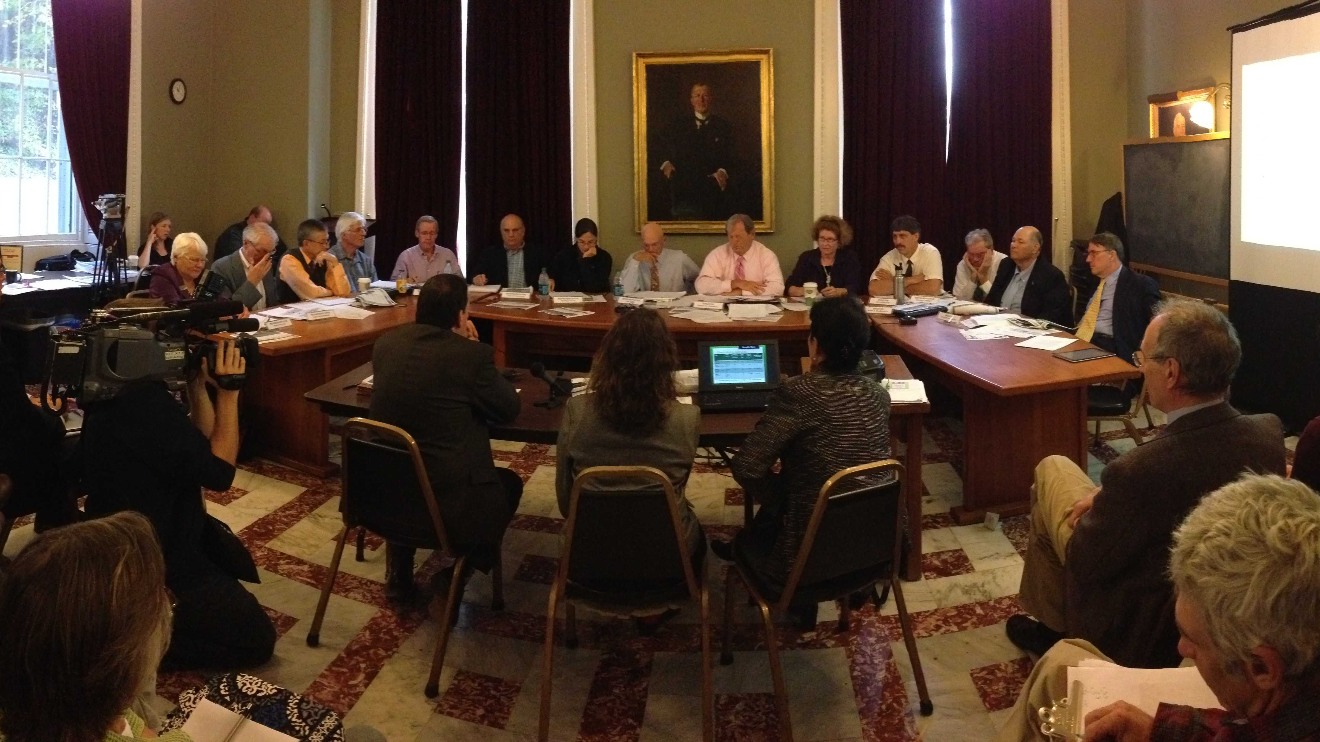 09-25 Lawmakers voice concerns on energy siting - img