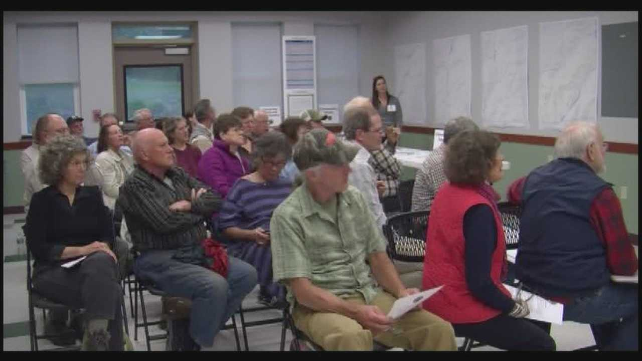 Community brainstorms relief and storm prevention plans
