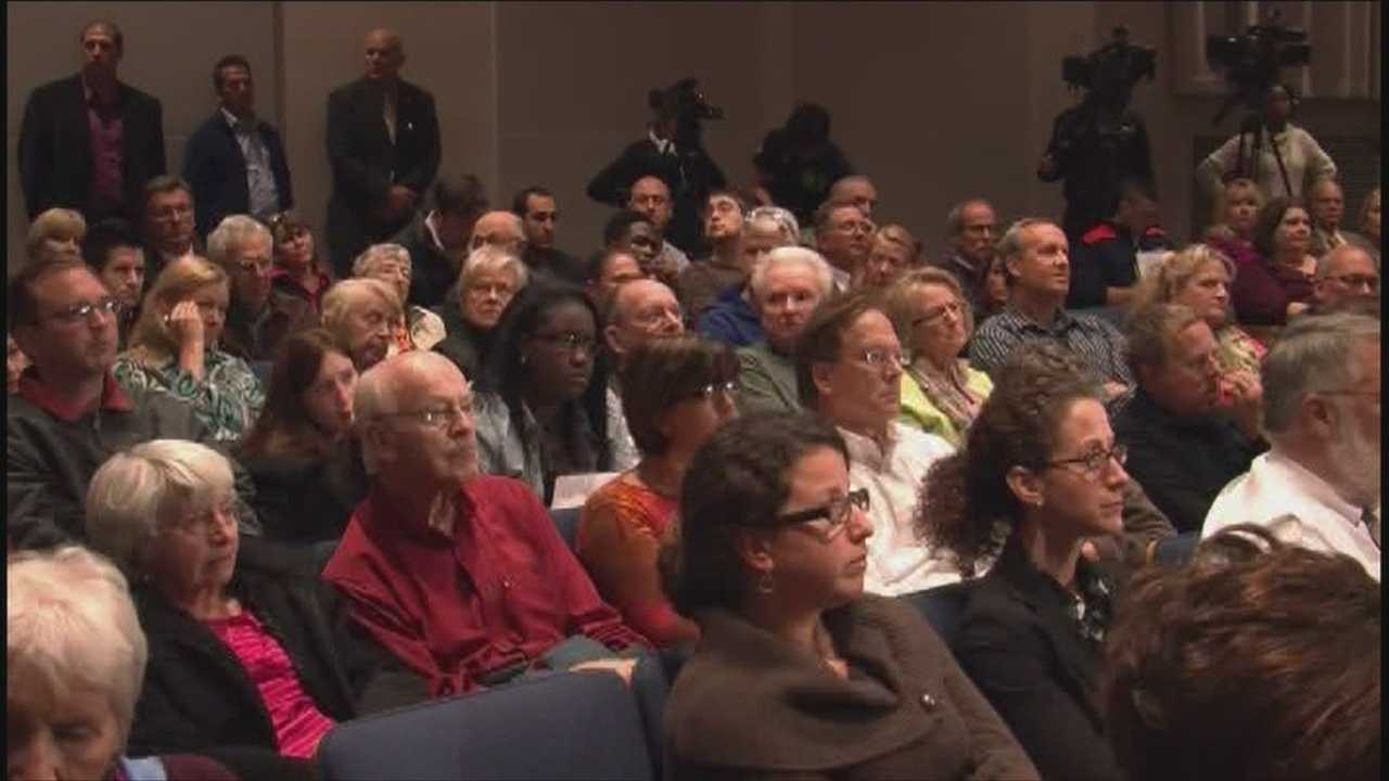 Mayoral candidates take part in forum