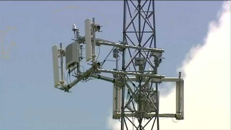 Broadband Internet faces delays - img - 11-13