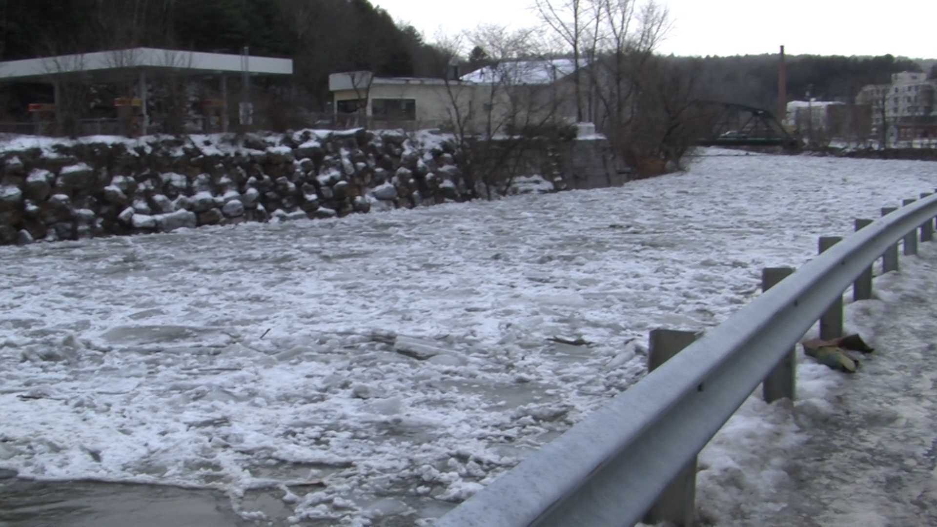 1-12-14  officials say ice jam is causing flooding - img