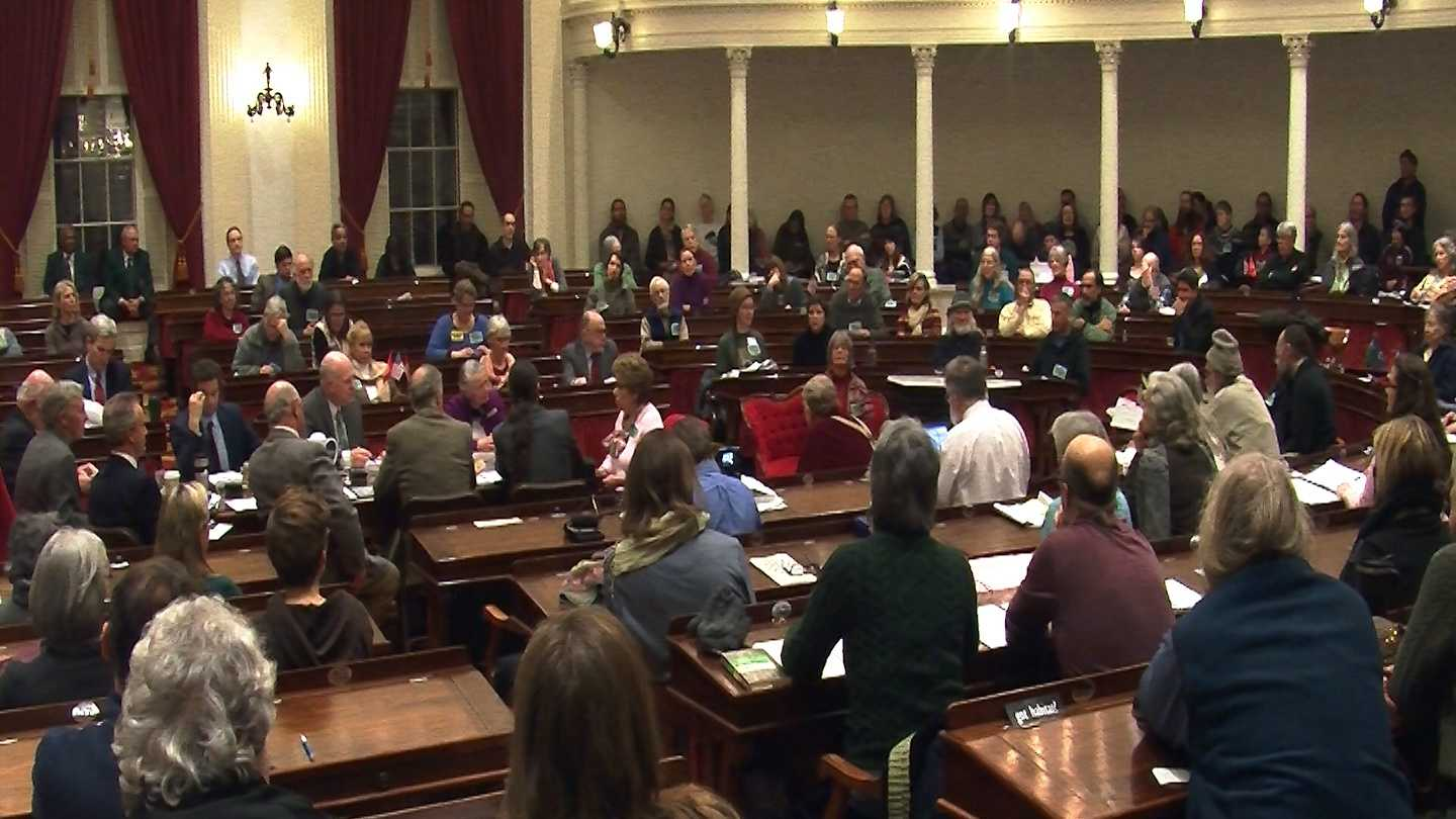 GMO-labeling supporters dominate public hearing