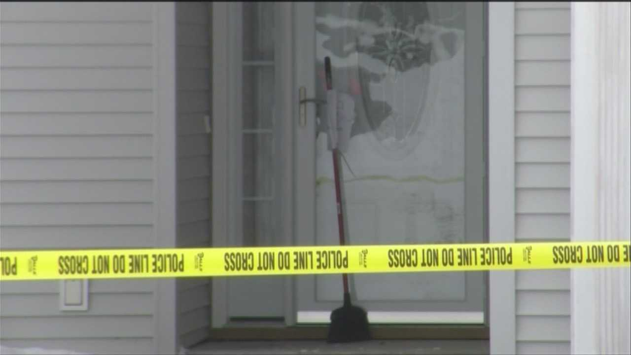 Police: Note outside door indicated murder-suicide