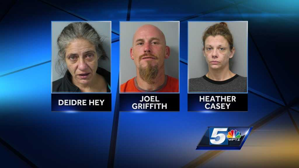 3 arrested in overnight raid - img