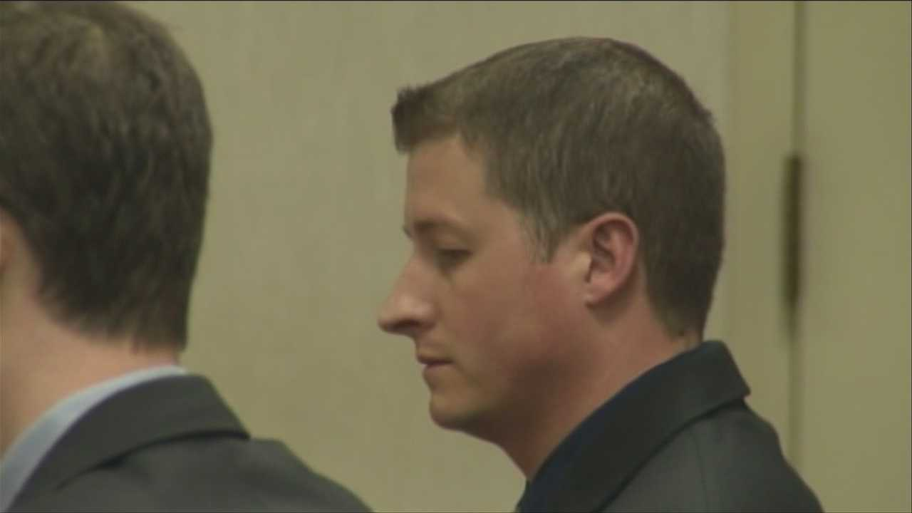 img-Officer denies DUI charge