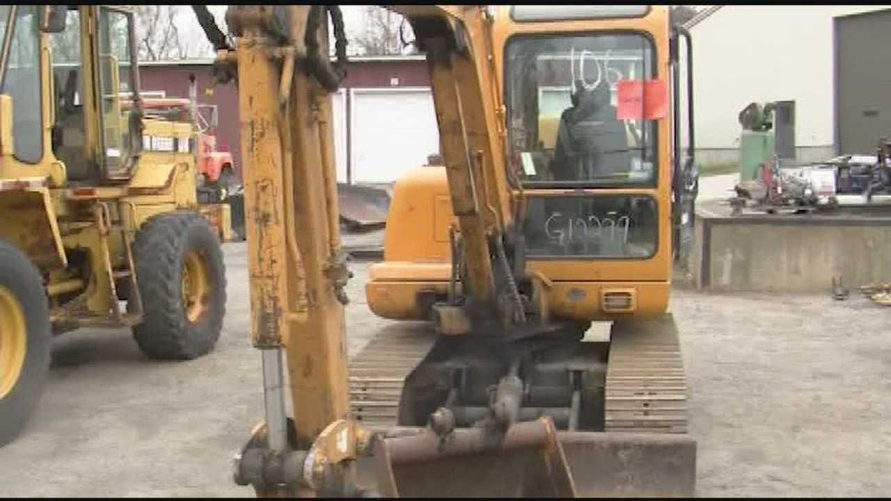 State auctioning off plows, cars, kayaks