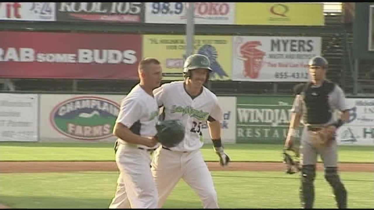 Vermont holds on for a 7-6 win, ending the 4 game losing streak.