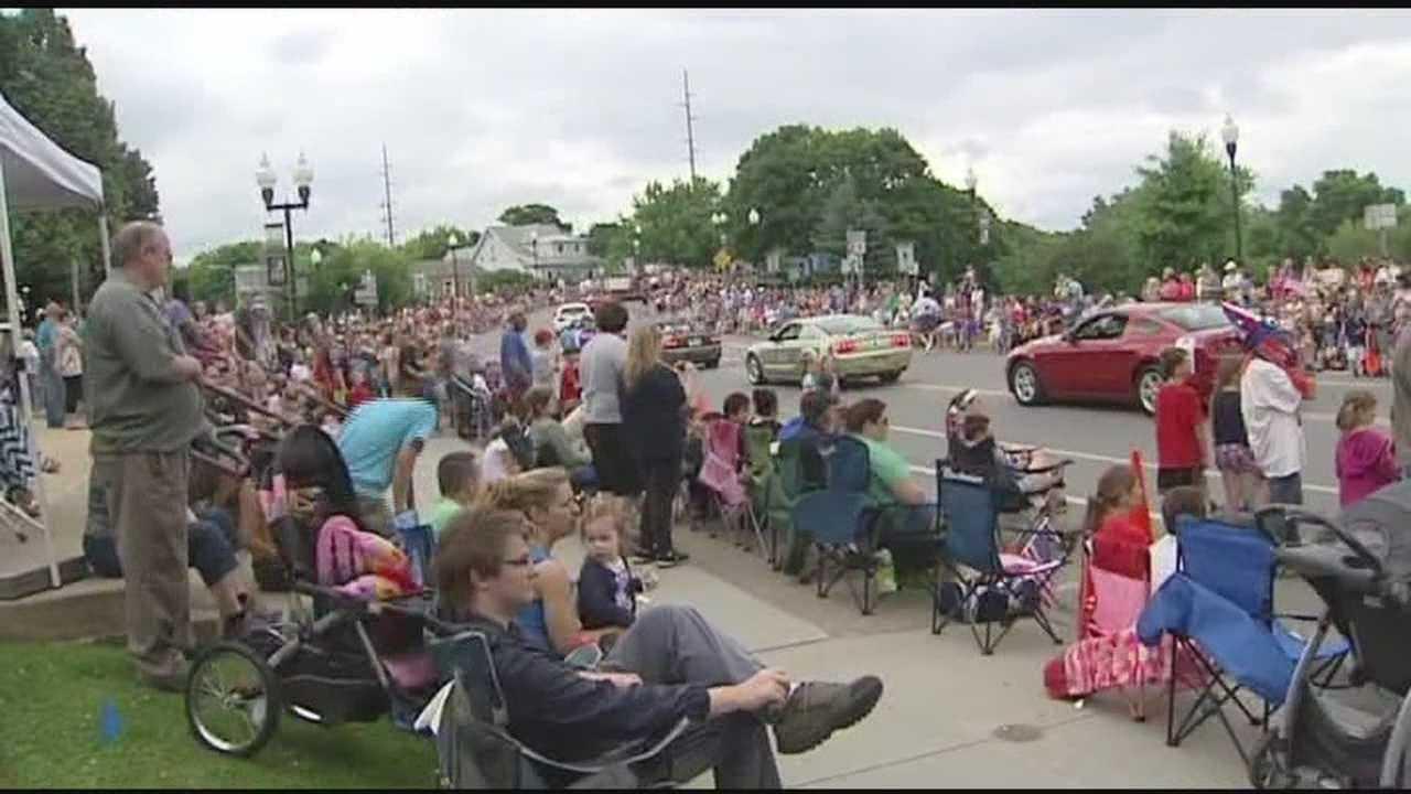 04-07-14 Plattsburgh Independence Day parade - img