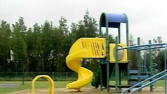 0731 Playground Danger - 20242513