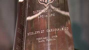 Lombardi Trophy: Super Bowl XLIII