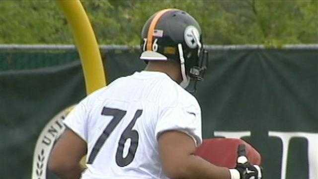 Mike Adams during practice