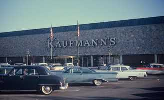 1960s - Kaufmann's Department Store open for business on Route 22