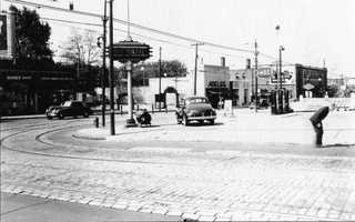 The corner of Forbes and Shady Avenue looking toward Murray Avenue in 1941. Gas stations occupied three of the four corners into the 1980s.