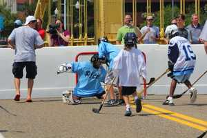 Prospects Nail Yakupov, Ryan Murray, Mikhail Grigorenko, Alex Galchenyuk and Jacob Trouba joined Pittsburgh Ice for dek hockey on the Roberto Clemente Bridge.